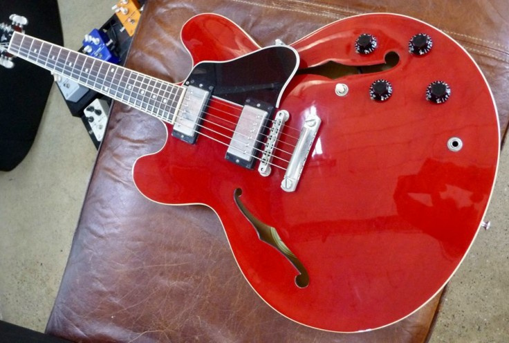 Fabulous 1999 Gibson ES 335 cherry red - £2195