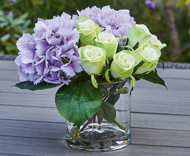 £30 off the Rose and Hydrangea Arrangement