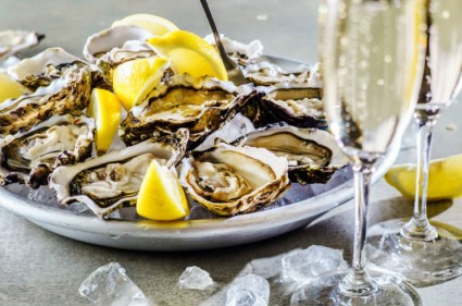 Win OYSTERS & CHAMPAGNE FOR 2